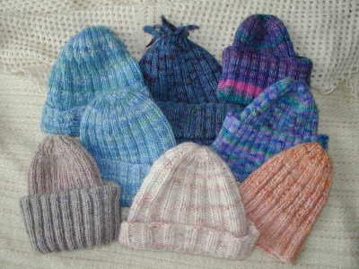 Hats knit according to the pattern on this page